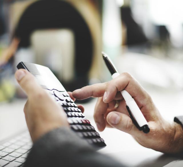 Quais São Os Custos E Impostos Para Contratar Um Funcionário?